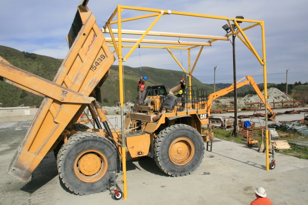 Custom Fall Protection Systems for Heavy Equipment Maintenance